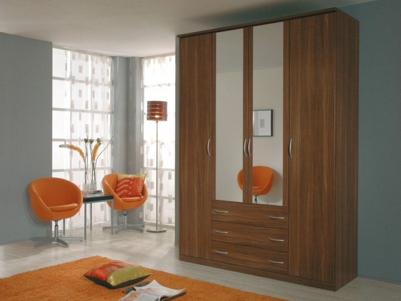 kent-walnut-4-door-mirrored-wardrobe_1285771094