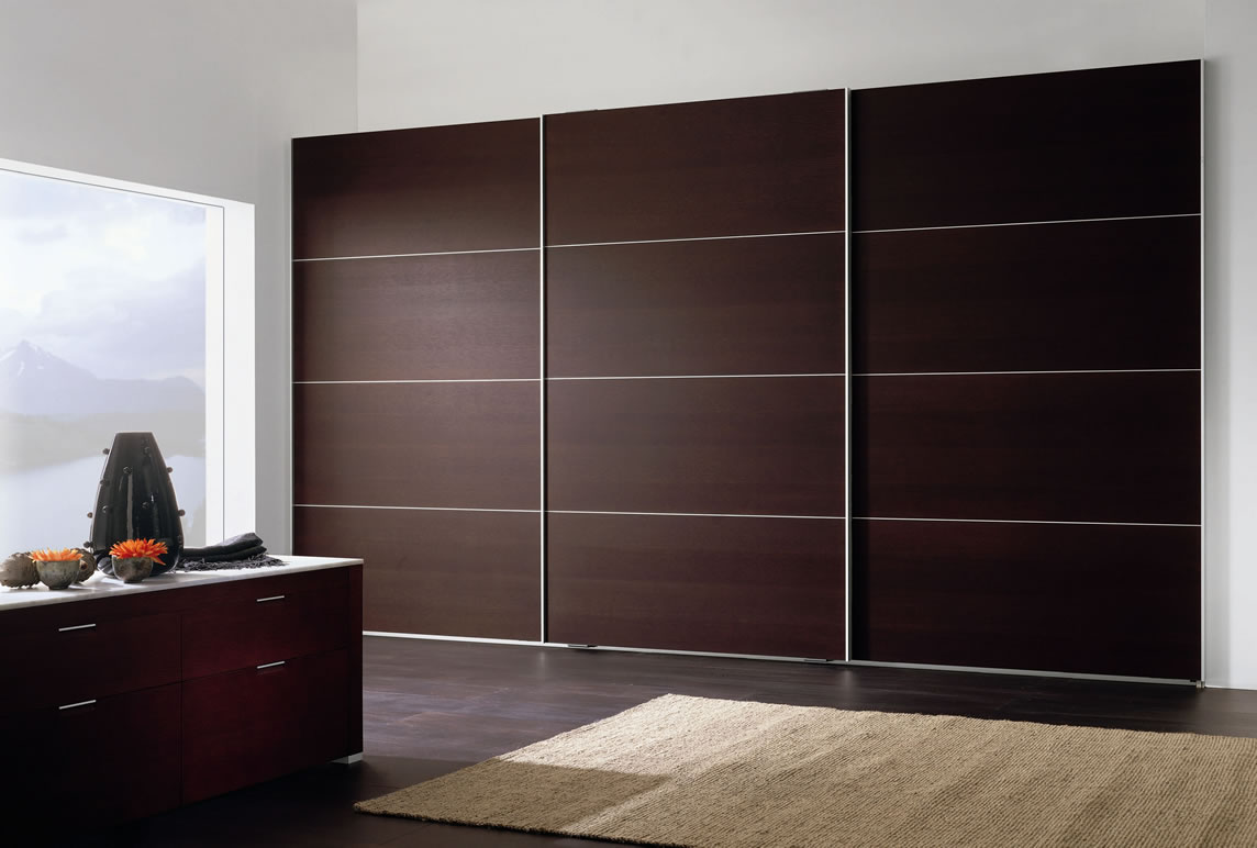 Sliding wardrobes wardrobe designers london by sky kitchens for Bedroom built in wardrobe designs